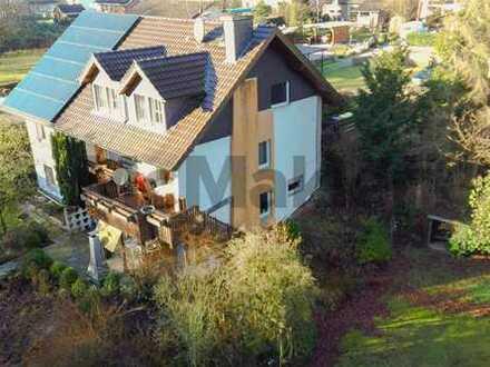(Groß-)Familienidyll: Gepflegtes 10-Zi.-EFH mit Loggia, Terrasse und Garten in ruhiger Lage
