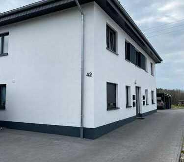 Neuwertige 3-Zimmer-EG-Wohnung mit Garten/Terrasse in Detmold Pivitsheide