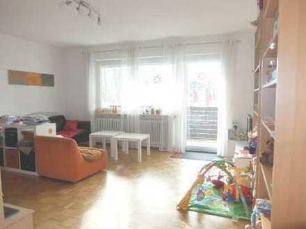 18_EI6418 Ruhige, sonnige 4-Zimmer-Eigentumswohnung mit Südbalkon / Regensburg - West
