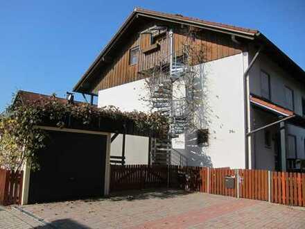 """""""PROVISIONSFREIE"""" Doppelhaushälfte mit kleiner Wohnung im Speicher"""