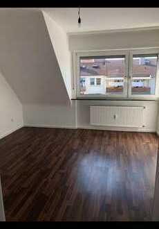 Helle 3 Zimmer Wohnung mit Dachterrasse und Garage