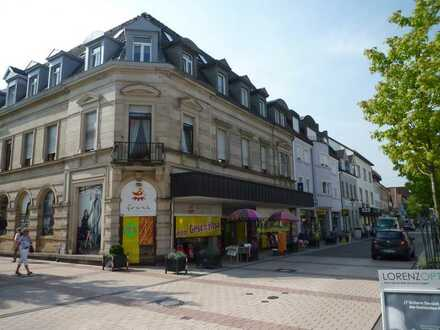 Bühl - Kernstadt Helle 4 Zimmer-AltbauZimmer Wohnung im 1. OG in denkmalgeschütztem Gebäude