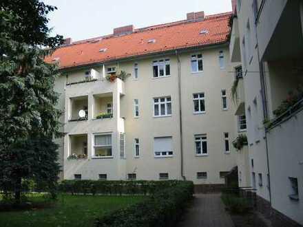 Wunderschöne Altbauwohnung mit 2 Zimmern in Adlershof