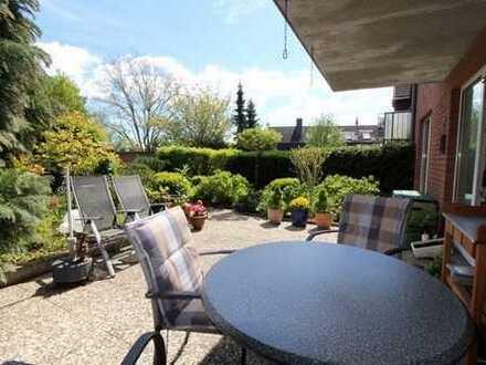 Große EG Wohnung in zentraler Stadtlage mit Garten und 2 Stellplätzen 24837