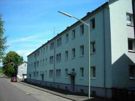 schöne, gemütliche und zentral gelegene Wohnung mit großzügiger Wohnküche in Tallage von Siegen.