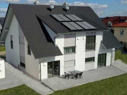 Neubau | Schöne Doppelhaushälfte mit Garten
