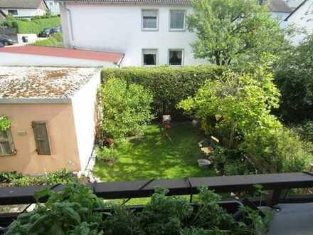 Wunderschöne 3-Zimmerwohnung mit Balkon und Gartenbenutzung