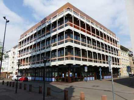 Tolle Büroflächen, hell u. gut geschnitten, in gepflegtem Bürogebäude in zentraler Innenstadtlage
