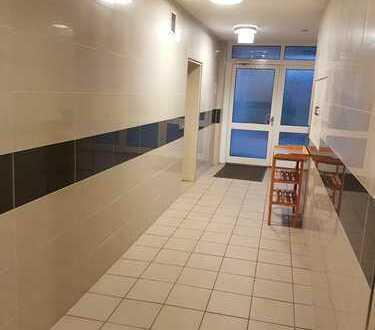 Schöne und neu sanierte! drei Zimmer Wohnung in Grevenbroich Südstadt