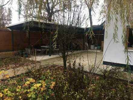Solides, geräumiges Haus mit vier Zimmern in Berlin, Gatow (Spandau)