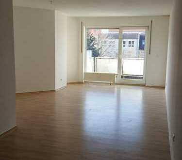 Großzügige 2-Zimmer-Wohnung mit Balkon direkt im Zentrum
