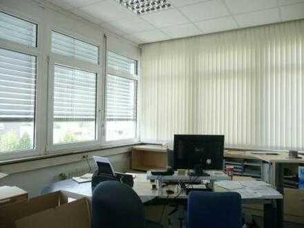 Helles Büro mit 4 Räumen ++ Provisionsfrei ++
