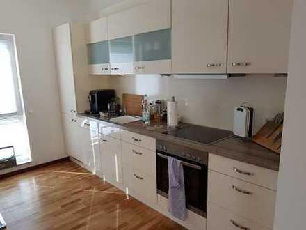 Ansprechende 2-Zimmer-Wohnung mit Dachterasse und EBK in Bremen
