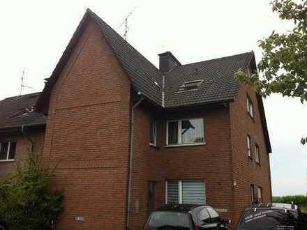Gemütliche 2-Zimmer-Wohnung inkl. Spitzboden in ruhiger Wohnlage v. Erle