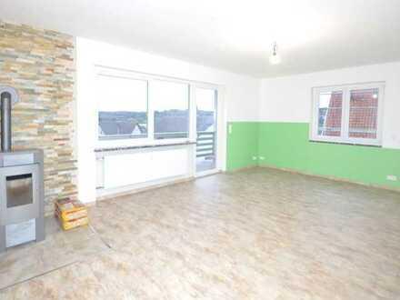 Großzügige 5-Zimmer-Wohnung mit Kamin, Balkon & Garten!