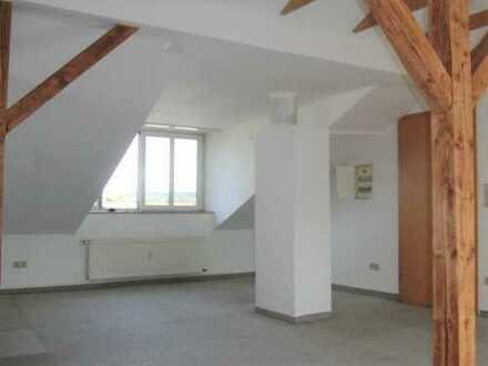 Schöne helle Dachgeschosswohnung 45m2 mit EBK in Witten Heven