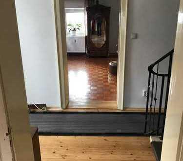 Gepflegte 2-Zimmer-Wohnung mit Balkon in Feldkirchen-Westerham