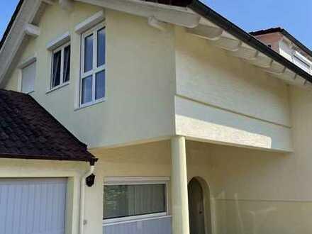 Großzügige 5,5-Zimmer-Wohnung mit Balkon, Einbauküche und Gartenmitbenutzung in Empfingen