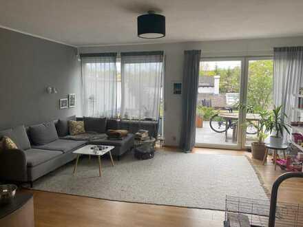 Wunderschöne, top moderne Doppelhaushälfte mit großzügiger Terrasse und Garten in Karlsbad