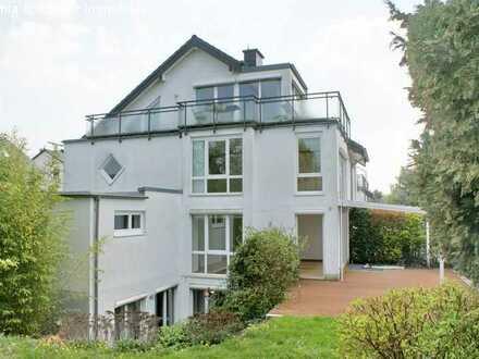 Super ruhig gelegene Doppelhaushälfte mit großem Garten in Wiesbaden