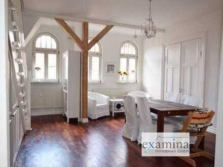 Altbauwohnung über zwei Etagen auf ca. 130 m² Wohn-/Nutzfläche. Nur ca. 300 m vom Flensburger Hafen.
