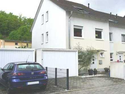 Weinheim-Ost: kinderfreundliches  Stadthaus (REH)