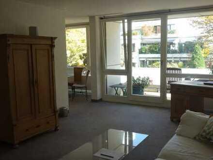Stilvolle 2,5-Zimmer-Wohnung mit Balkon und EBK in München-Thalkirchen