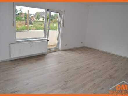 Bald renovierte und helle 3 ZKB, 2x Balkon, Stellplatz