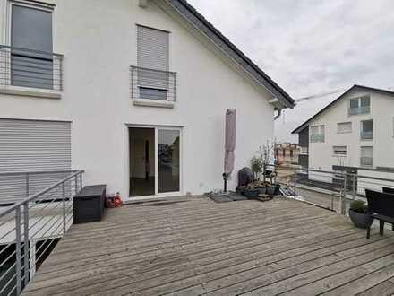 Ansprechende 3-Zimmer-Wohnung mit Dachterrasse in Kerpen Manheim- neu