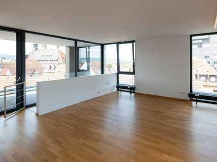 Gepflegte 5-Zimmer-Penthouse-Wohnung mit Balkon und Einbauküche in Schorndorf