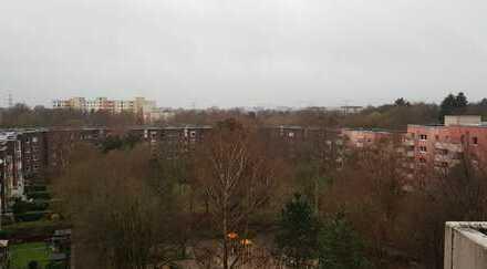 Gepflegte Architekten 4-Zimmer-Wohnung mit Balkon und Einbauküche in Steilshoop, Hamburg