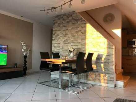 Exclusive 3-Zimmer Maisonette Wohnung mit Balkon und hochwertiger Einbauküche
