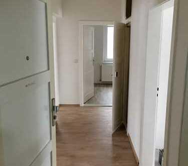 Neu renovierte 3-Raum-Wohnung ab sofort