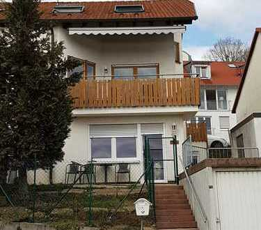 Schöne Doppelhaushälfte in Holzgerlingen