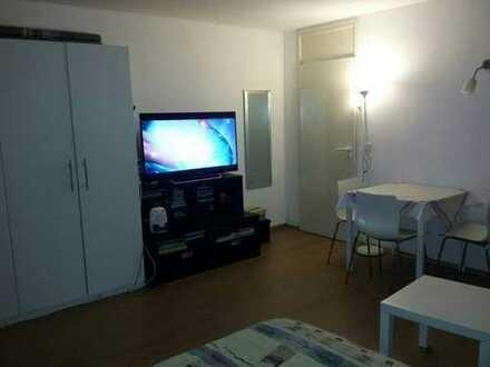 Sehr gute Kapitalanlage: Möblierte 1-Zimmer-Wohnung mit Balkon, EBK, Garage in Stuttgart