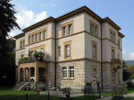 Luxuriöses Wohnen im Herrenhaus Geislingen