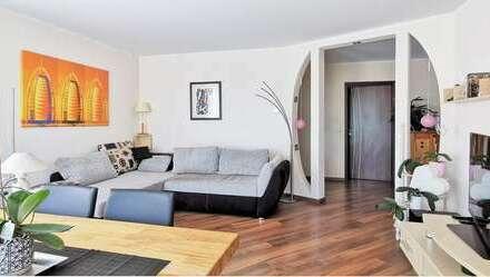 Attraktive 4,5-Zimmer-Wohnung im EG mit Gartenanteil, großem Balkon und Garage