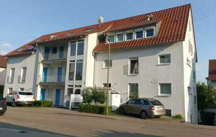 Schöne drei Zimmer Wohnung in Böblingen (Kreis), Leonberg