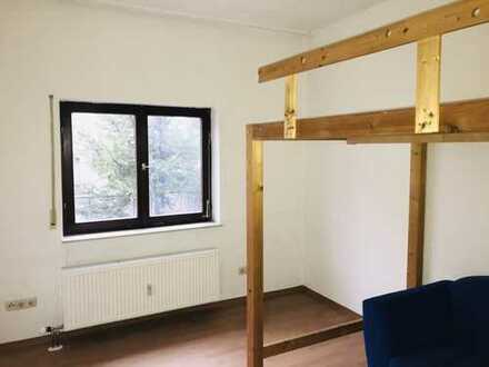Studentenappartment teilmöbliert