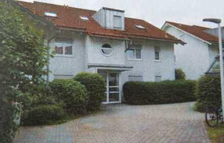Exklusive 3-Zimmer-Dachgeschosswohnung mit Dachterasse und Einbauküche in Kirchheim unter Teck