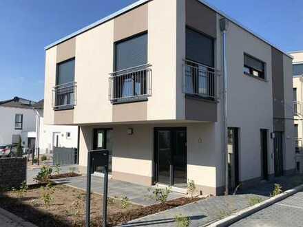 Einfamilienhaus moderner Bauweise zum Erstbezug