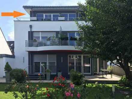 Penthouse-Wohnung mit umlaufender Terrasse in Vierfamilienhaus, Nähe Schloss Rheydt