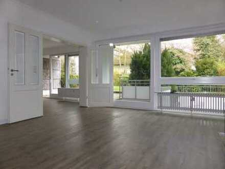 Unmöblierte 3,5 Zimmer Wohnung mit Süd- Terrasse/ gr. modernes Duschbad/ offene Einbauküche