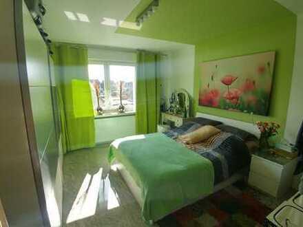 2-Zimmer-Wohnung in Werries, große EBK, Balkon und Dachterrasse