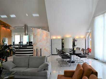 Luxuriöse, geräumige sechs Zimmer Maisonette-Wohnung im Ortskern von Weinstadt-Beutelsbach