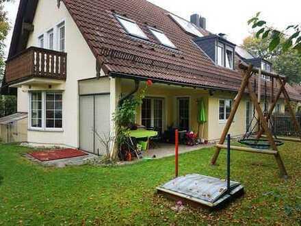 Exklusive DHH mit 5 Zimmern, EBK und sonnigem S-W-Grundstück nähe Pfanzeltplatz Altperlach