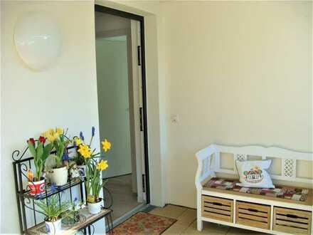Seniorenwohnung mit zwei Zimmern und EBK in Nürnberg