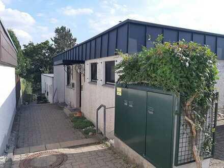 Attraktiver Bungalow mit fünf Zimmern und EBK in Lengfeld, Würzburg