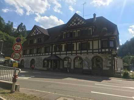 Preiswerte, gepflegte 5,5-Zimmer-Wohnung zur Miete in Triberg
