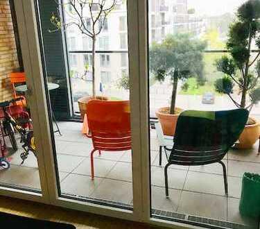 Schöne Etagenwohnung mit Loggia - 4 Zi, 115 qm